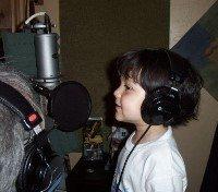 kid-singin-on-mic
