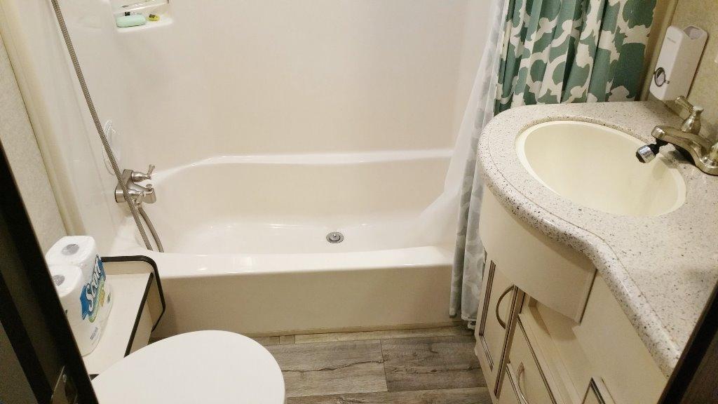 Main Bathroom 1